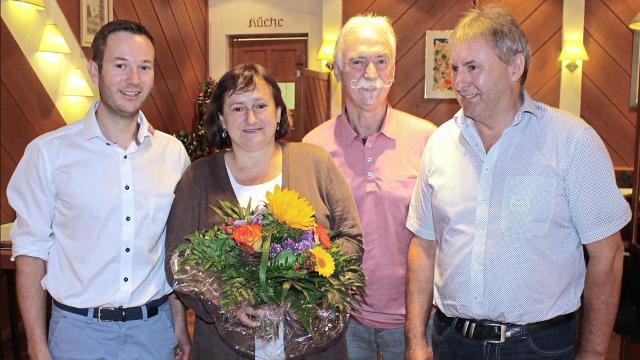 Bild: Chamer Zeitung / von links nach rechts: Franz Kopp, MdB Marianne Schieder, Franz Brunner und Peter Schmid